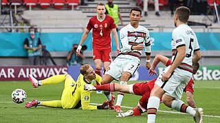 Portugal jubelt nach drei späten Toren