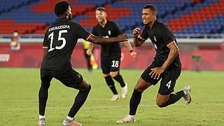 Team D Fußball feiert ersten Sieg bei Olympia