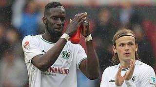 Hannover verlängert mit Salif Sané