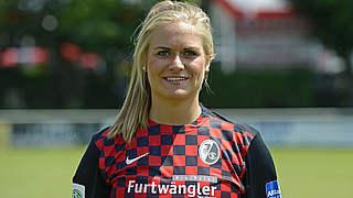 Clara Schöne verlängert in Freiburg