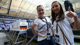 Strahlende Gesichter: Fan-tastic Moment beim Ungarn-Länderspiel
